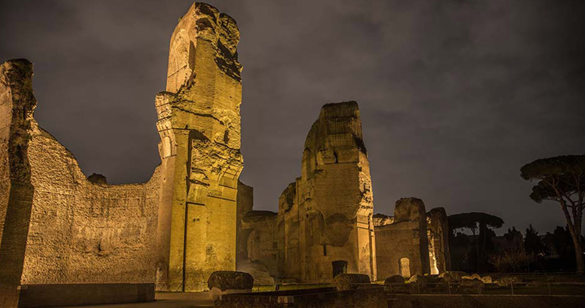 Terme di Caracalla. Notturni d'estate. Soprintendenza Speciale di Roma. Foto di Enzo Giovinazzo.