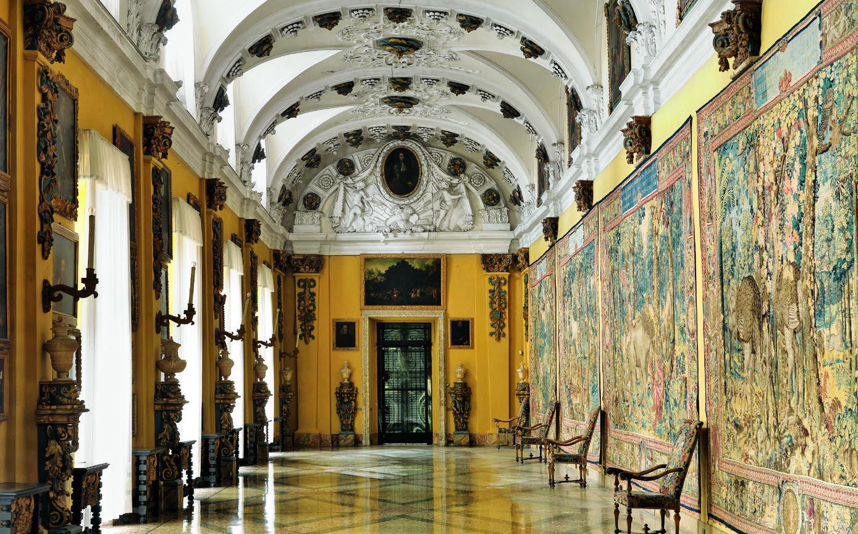 Palazzo Borromeo