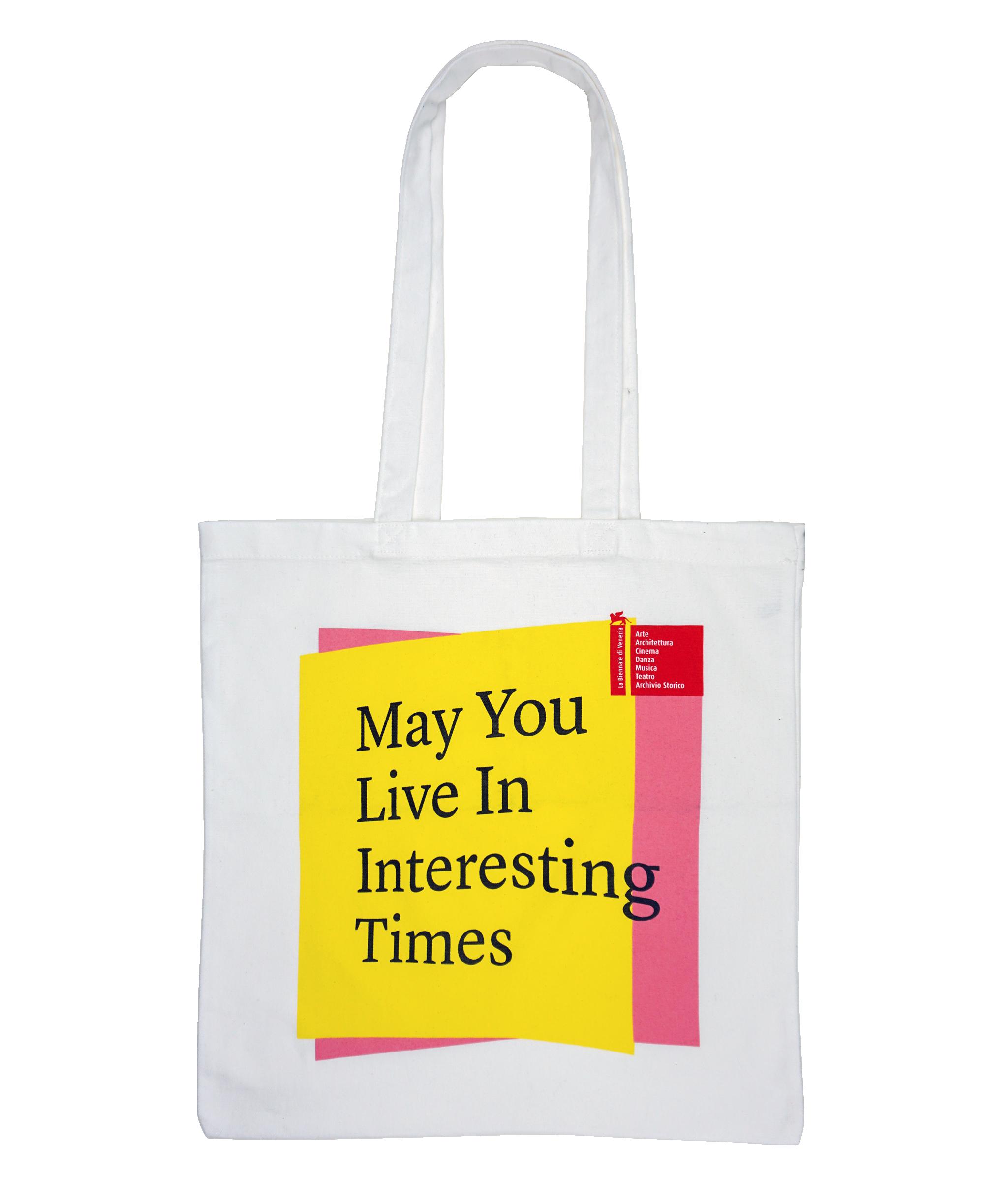 """shopper bianca """"May You Live In Interesting Times"""" serie La Biennale di Venezia"""