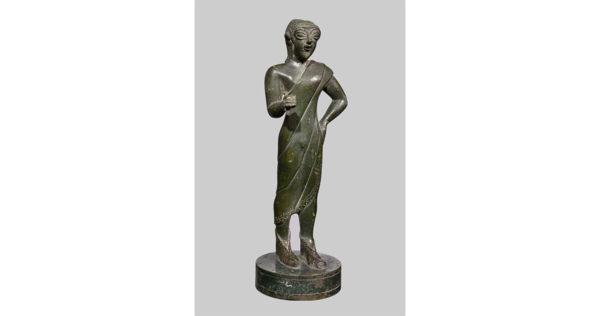 Statuetta di offerente togato, 600 a.C. ca. | Napoli, Museo Archeologico Nazionale