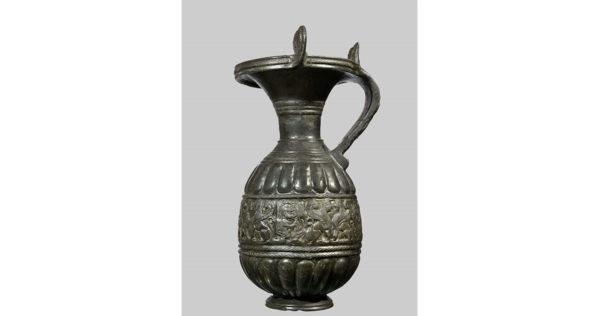 Oinochoe in bucchero pesante, Seconda metà del VI sec. a.C. | Napoli, Museo Archeologico Nazionale